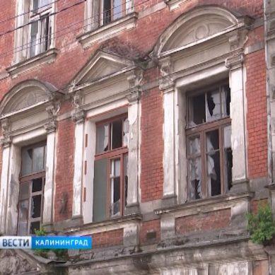 Мединский поддержал проект восстановления Янтарной мануфактуры в Калининграде