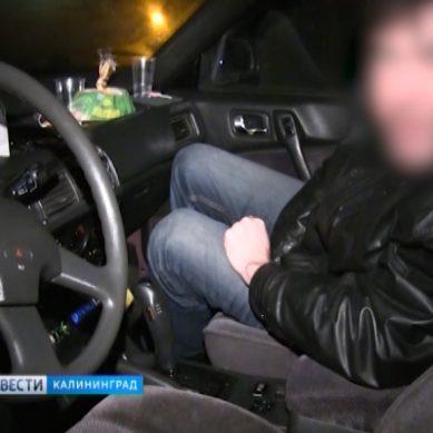 В Калининграде инспекторы ГИБДД задержали нетрезвого водителя с трёхлетней девочкой