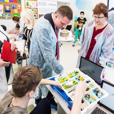 Калининградский «Ростелеком» подарил онкоотделению детской областной больницы оборудование для занятий робототехникой
